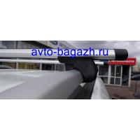 Багажник FAVORIT на рейлинги АЭРО с замком 140 см (Артикул 5511+1107)